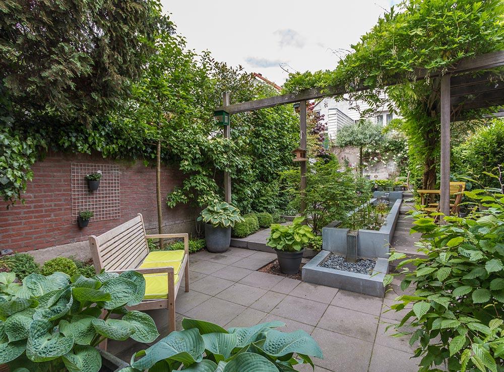 Nijmegen hoveniers tuinen tuinontwerp adviesbureau marc for Eigen moestuin ontwerpen en aanleggen